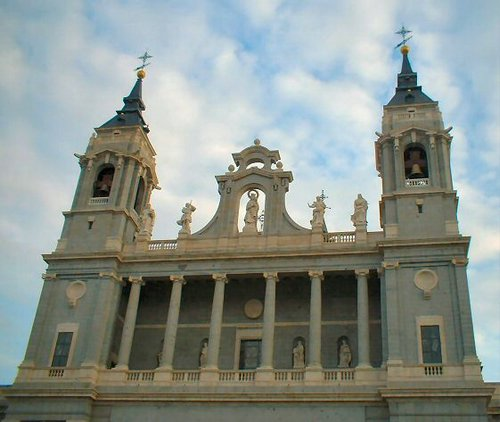 Madrid_Catedral_Almudena_