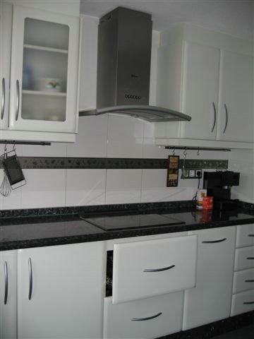Cocina moderna 04 jpg - Decoracion de cocinas modernas fotos ...