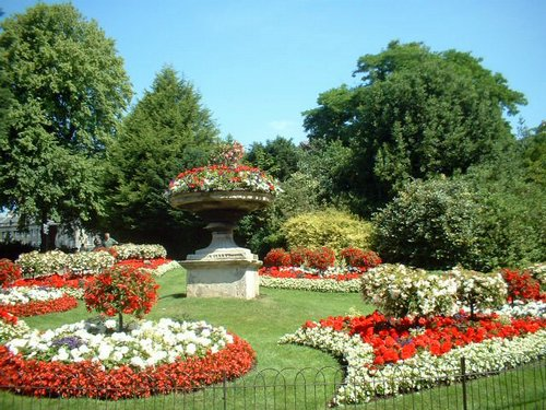 Jardines y parques parques y jardines for Cancion jardin de rosas en ingles