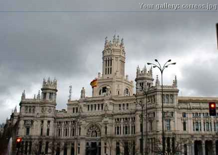 Foto edificio de correos y tel grafos for Edificio de correos madrid