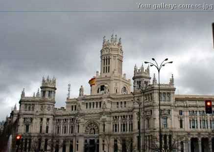 Foto edificio de correos y tel grafos for Edificio correos madrid